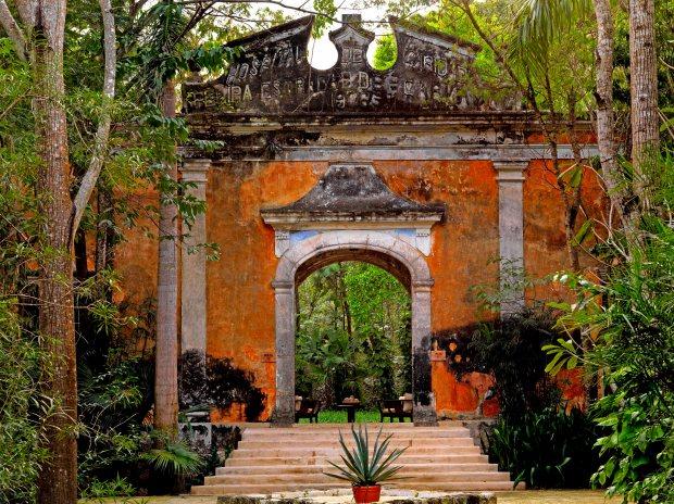 Hacienda Uayamon - Yucatan Mexico01