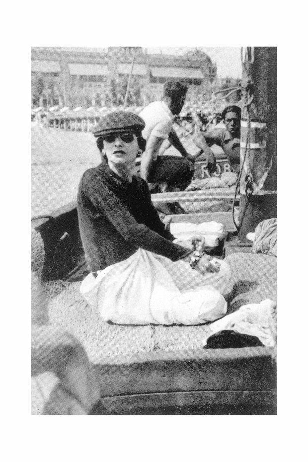COCO NOIR_Mademoiselle Chanel